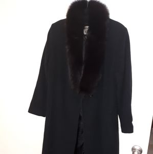 Marvin Richards  coat